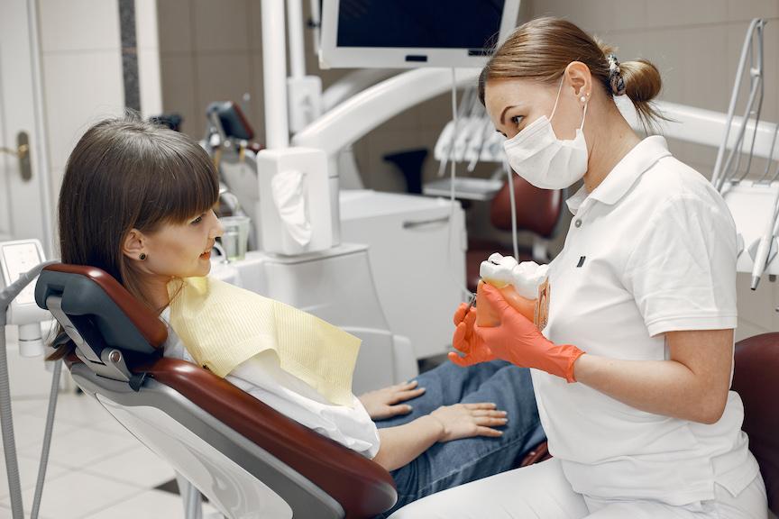 que es el esmalte dental